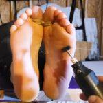 Rachel Adams Foot Tickling