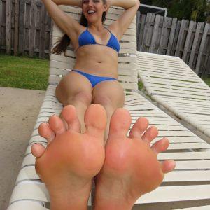Big Load on Sexy Feet with Sadie Holmes