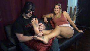 Gia: The Tall Ticklish Goddess – Part 1
